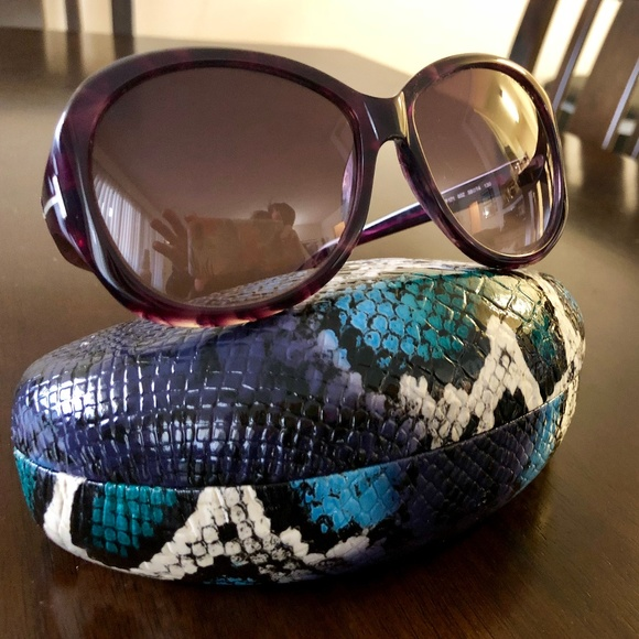 23b6cc5375 Tom Ford Sunglasses - dark purple